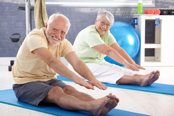 Можно ли заниматься спортом при артрите и артрозе