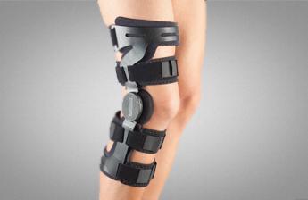 Ортез на коліно Aurafix 171 з шарнірами і можливістю регулювання кута