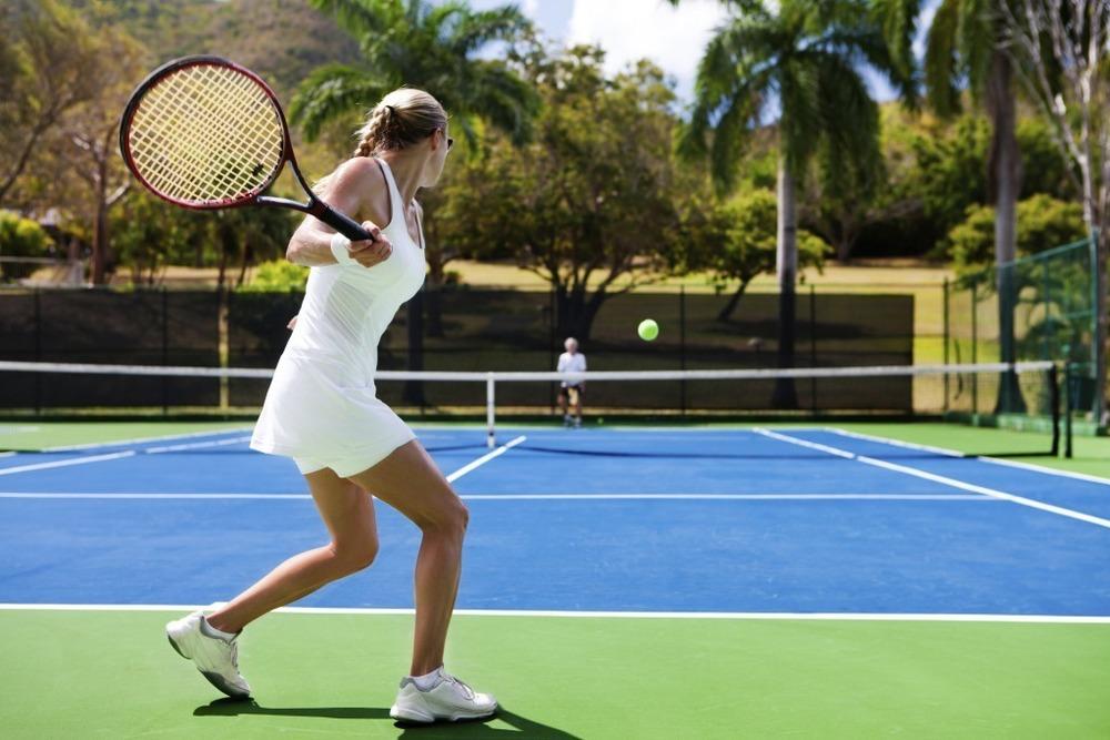 После тенниса болит локоть: как лечить теннисный локоть?
